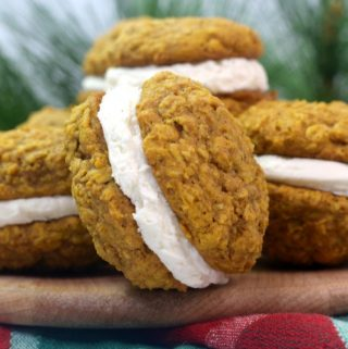 Easy pumpkin oatmeal cream pies recipe