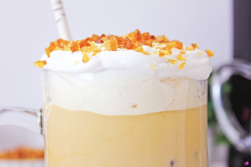 Caramel Brulee Crunch Iced Coffee – Simply Delicious