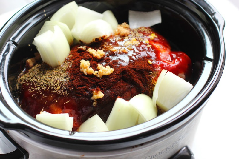 Crock-Pot Texas-Style Pulled Pork cooking